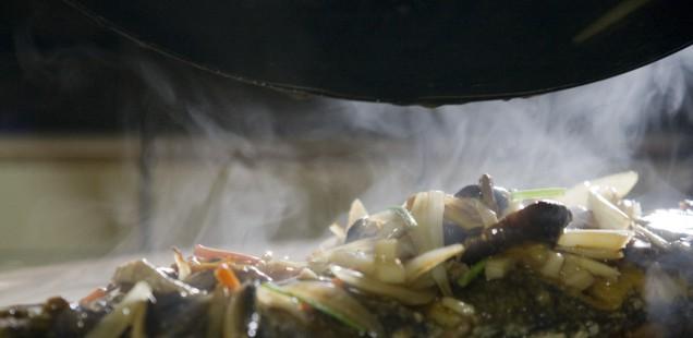 """""""Fisch mit fünf Zutaten"""" für das taiwanische Neujahrsfest"""